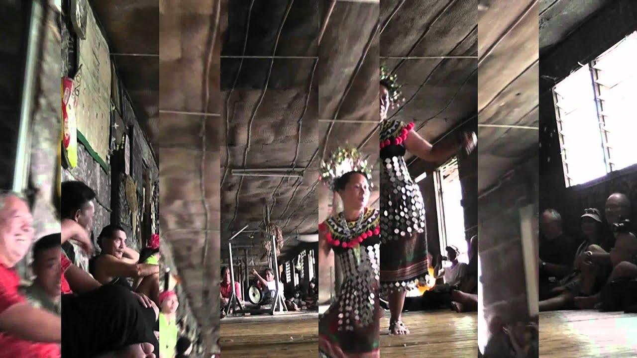 batang ai  mal-3  l u0026 39 ethnie des ibans et la maison longue sarawak