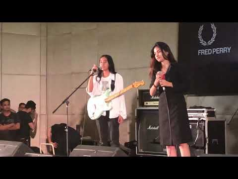Download Zirah - Siapa Kamu? Live at Record Store Day Indonesia 13/04/2019 Mp4 baru