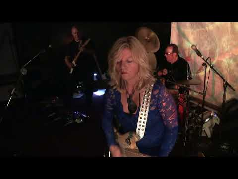 Mermen at Moe's Alley - 8/12/2017 - Some New Song !!!