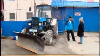 Путешественник на тракторе(Екатеринбуржец Александр Маляр собрался в Крым на... тракторе! Путешественник превратил трактор в машину..., 2015-04-14T16:33:19.000Z)