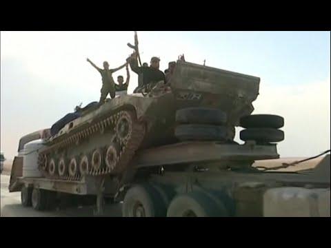 لحظة دخول الجيش السوري إلى الرقة والحسكة  - نشر قبل 3 ساعة
