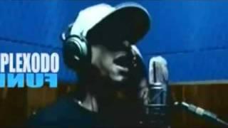 MC FELIPE BOLADÃO - MUNDO MODERNO - VRS 2011 - DJ KLEYTON DA VM ( VIDEO OFICIAL )