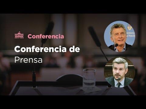 El presidente Mauricio Macri y Marcos Peña brindaron una conferencia de prensa