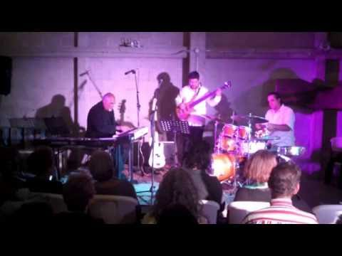 "DOUG ROBINSON TRIO ""Live"" @ Muvarte - NAMSABNEK"