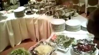 laying out brunch buffet for 200