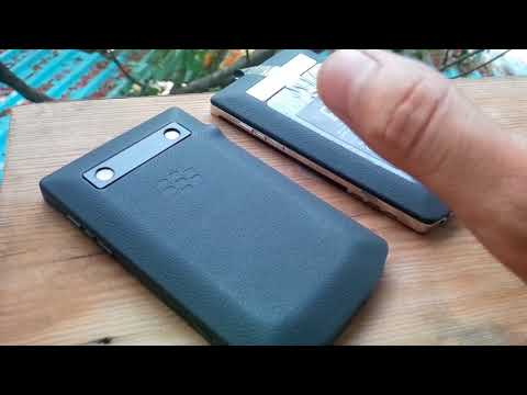 Trên tay BlackBerry Porsche Design P'9981 hai phiên bản lập trình siêu hiếm tại Việt Nam .....