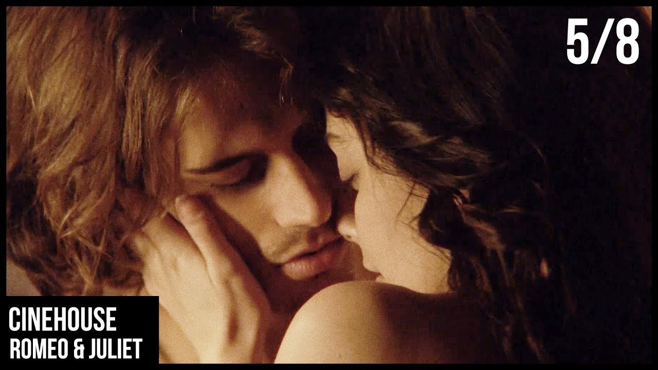 Download 5/8 | A steamy kiss between husband and wife | Award-winning | Romeo & Juliet
