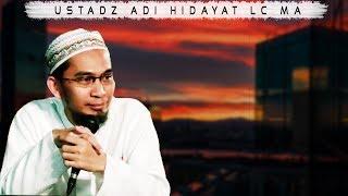 Download Video Wanita Shalat Tarawih di Masjid atau di Rumah ? || Ustadz Adi Hidayat Lc MA MP3 3GP MP4