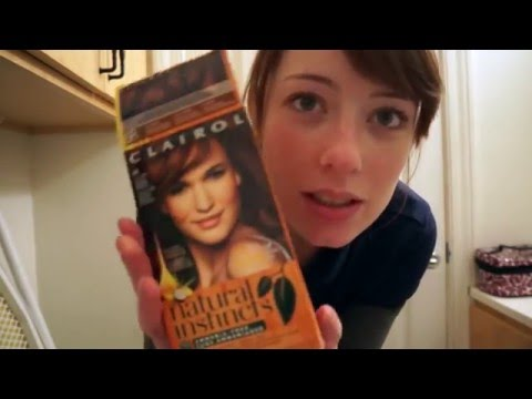 Dying my hair! Clairol Natural Instincts 6R