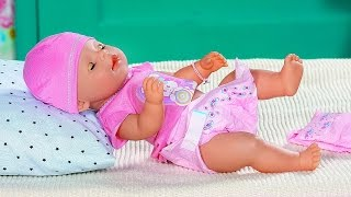 Кукла Лиза от Бэби Борн - Играем в дочки и матери. Видео для девочек с куклой Baby Born(Видео для девочек с замечательной куклой-пупсом Беби Борн(Baby Born), которая обязательно понравится маленьким..., 2016-03-30T11:11:19.000Z)