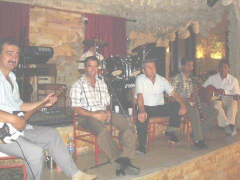 Erkan Oğur & İsmail Hakkı Demircioğlu - Kerpiç Kerpiç Ütüne [ Gülün Kokusu Vardı © 1996 Kalan Müzik]