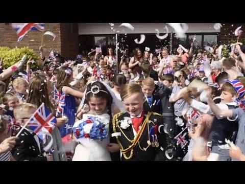 British Schoolchildren 'Tie the Knot' in Mock Royal Wedding
