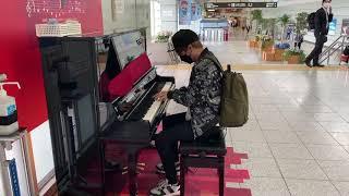 田村淳が駅でピアノ弾いたら人だかりが…!?