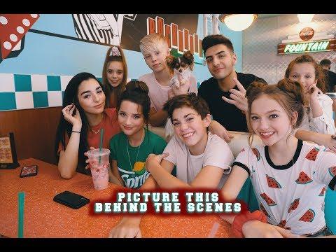 PICTURE THIS - BEHIND THE SCENES - ALL HUGS (HUG LIFE) - ANNIE LEBLANC