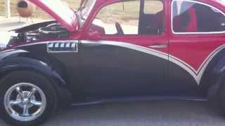 Gambar cover V8 VW Beetle Custom 67 model - RustyGlovebox