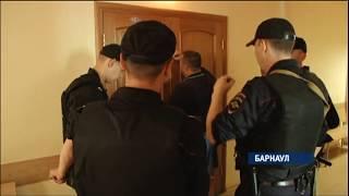 В Барнауле вынесли приговор по громкому уголовному делу в отношении девяти бывших наркополицейских