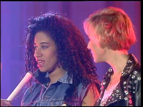 American Bandstand 1988 Interview Pepsi and Shirlie