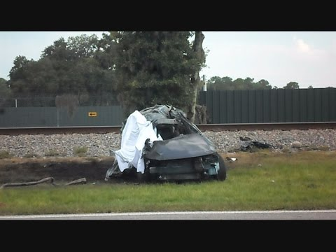 Thumbnail: Amtrak Train Silver Star Plows In To Car At 80 MPH
