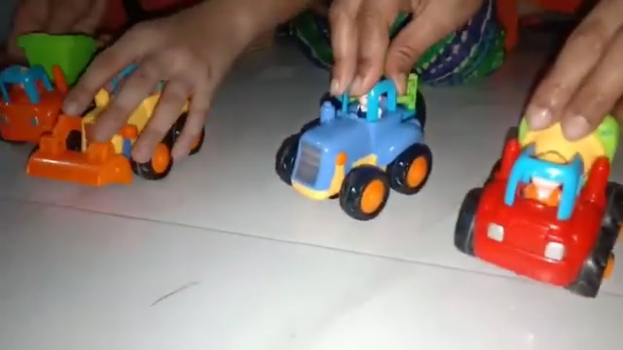 Kids toys and Game Video, Tractor, Bulldozer, Cement Mixer, Truck Toys, Contraction Vehicles Toys