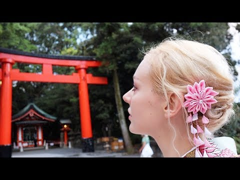 Renting a Kimono in Kyoto | Fushimi Inari-taisha Shrine