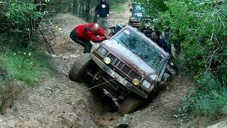 Sahara 4x4 Xtrem Motor Club Avinyó 2014 by Jaume Soler(Motor Club Avinyó i Sahara 4x4 organitzen un Trial 4x4 X-trem amb inscrits com Florenci Rius ( Range Rover v8 ) o Caludi Vivet amb un Maxi, a més de molts ..., 2014-12-01T14:43:35.000Z)