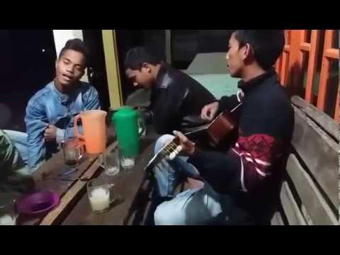 Mantap Kali Suara 3 Orang Ini - Trio Lapo Tuak Dang Penghinat Au - Lagu Batak Show