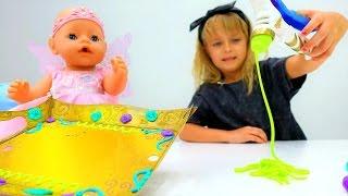 Беби Бон Эмили открывает подарок! Как мама - Мультики для девочек