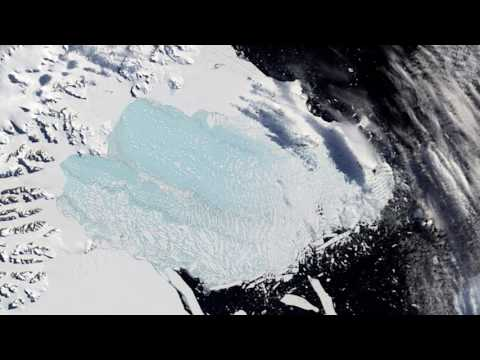 Vast iceberg splits from Antarctic ice shelf