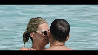 Mark Wahlberg packs on PDA with Rhea Durham in Barbados