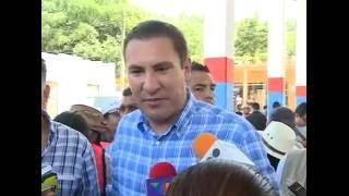 Moreno Valle y Rosario Robles supervisan viviendas afectadas en Tlaola