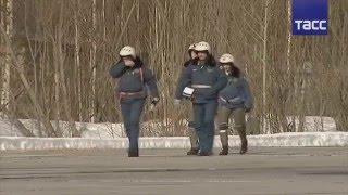 Су 34 вылетели в Вологодскую область для бомбардировки ледяного затора Сухона(18-04-2016 18.04.2016 Два бомбардировщика СУ-34 бомбят ледовый..., 2016-04-18T20:58:17.000Z)