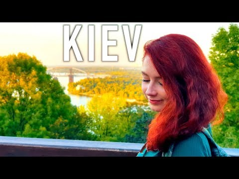 FIRST IMPRESSIONS Of KYIV Kiev, UKRAINE  🇺🇦 Why You NEED To Visit (Київ, Україна)