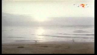 Ioana si Alexandru se regasesc la mare.