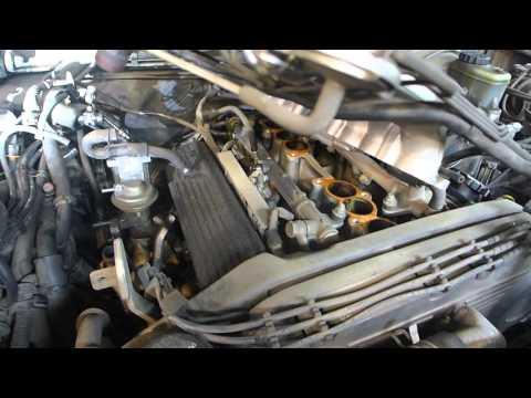 Toyota SR5 4x4 3.0 V6 Engine Service