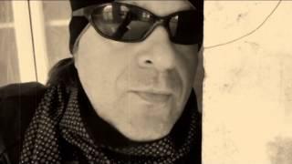 Смотреть клип Виктор Королёв - Не Целуйся Без Любви