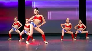 Dance Deluxe  Wonder WOMEN