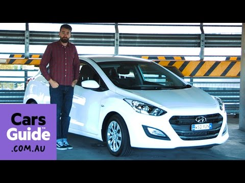 Hyundai i30 Active petrol 2016 review road test video