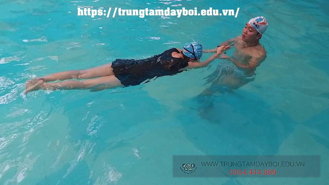 Khóa Học Bơi Cho Người Lớn – Phương Pháp Tập Bơi Nhanh Nhất Cho Người Lớn Lần Đầu Học Bơi