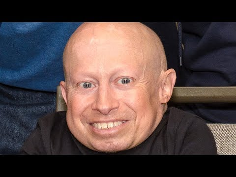 Verne Troyer WWE RAW Arranged Match Between The Miz Vs Mark Henry from YouTube · Duration:  7 minutes 27 seconds