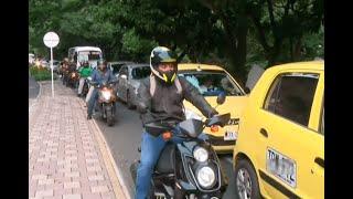 Cuestionan reducción de espacio para vehículos por ciclorruta en el occidente de Medellín