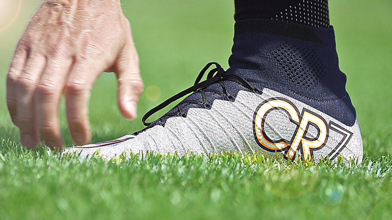 Adidas vs nike vs puma piu 'scarpe da calcio revisione su youtube