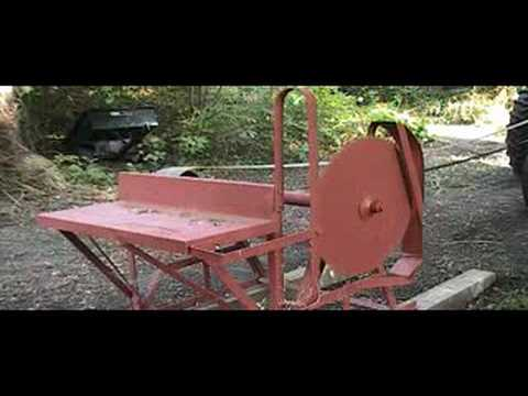 Farmall M Running Cordwood Saw Youtube