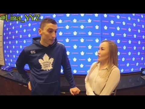 """Илья Михеев дал смешное интервью и влюбил в себя Торонто / """"Почему вы не любите суп?!"""""""