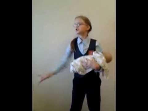 Изображение предпросмотра прочтения – АнастасияПопова читает произведение «Колыбельная (Спи, мой мальчик!)» В.Я.Брюсова