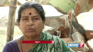 Relocation of families along flood-hit areas in chennai | Kannadi