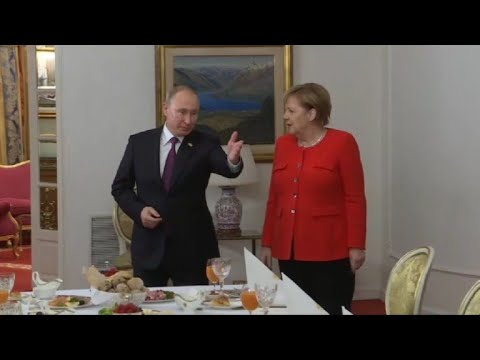G20: Merkel and Putin hold working breakfast in Buenos Aires