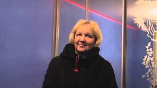 видео отзыв о парящих потолках(По адресу Спб. Кондратьевский пр. д.68 в комнате с зеркальным шкафом купе были установлены