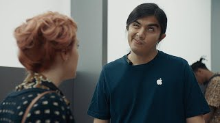 Samsung continues to mock Apple's 'courage' in three new commercials