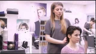 видео Советы по созданию шикарных причесок с кудрями на волосы средней длины