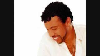 Watch Lionel Richie Dance The Night Away video